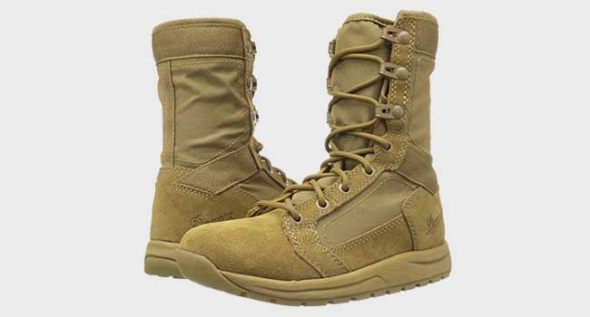 Danner Men's Tachyon Coyote Military and Tactical Boot